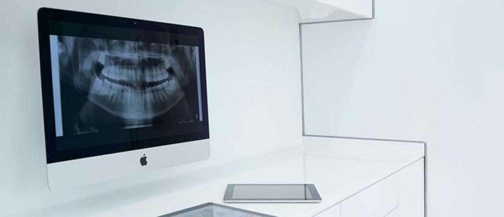 implantes_dentales_clinica_asensio-660x285@2x