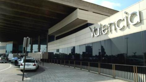 Valencia Airport for dental tourism